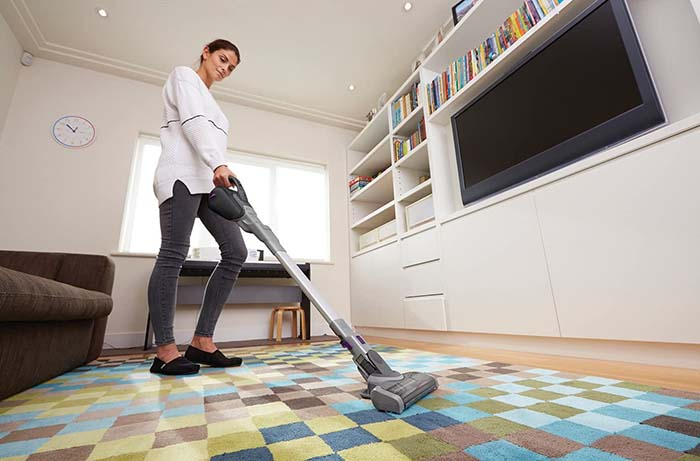 BLACK+DECKER  HANDHELD 2IN1 18V LI